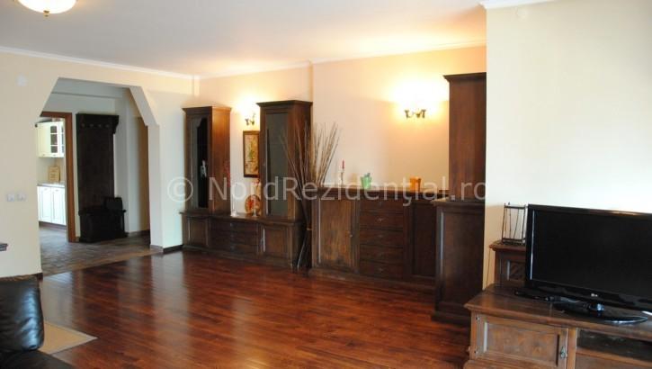 Apartament de vanzare 5 camere Piata Romana