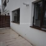 Apartament 3 camere de vanzare Damaroaia